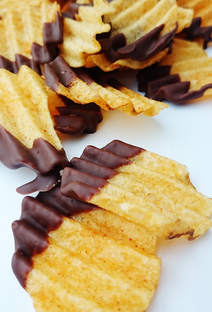 Süß und Salzig – Kartoffelchips in Schokolade getaucht von knabberkult.de