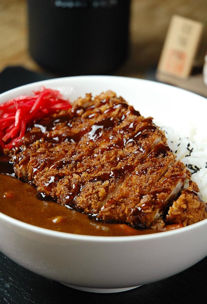 "Japanisches Curry ""Kare"" mit Tonkatsu // Rezept auf Knabberkult.de"